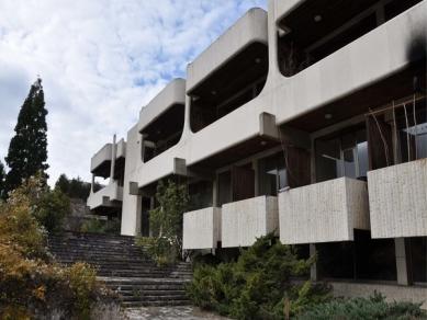 Проект 115: Рехабилитационен комплекс - гр. Банкя - Хотелски комплекс - бивша резиденция на Тодор Живков